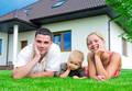 Beim Immobilienkauf auch an die Finanzierung der Nebenkosten denken © photocreo - Fotolia.com