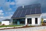 Ein energieautarkes Haus ist gut auf zukünftige Herausforderungen ausgerichtet © Helma Eigenheimbau